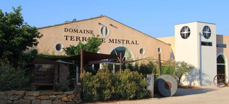 Bienvenue au domaine Viticole Provençal Terre de Mistral à Rousset